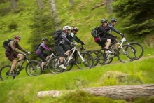 Asociatia Turistmania organizeaza cursuri de initiere in mountain bike